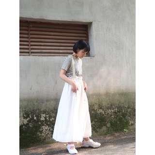 VM 暗黑 日系 小眾設計師款 雙層白色澎澎感 裙襬不鎖邊 花苞高腰吊帶裙