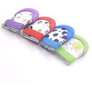 Teething mittens