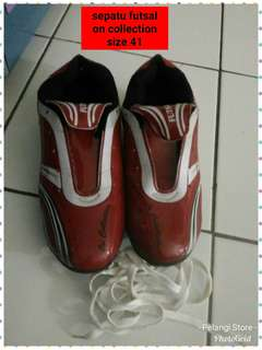 Sepatu Futsal On Collection size 41