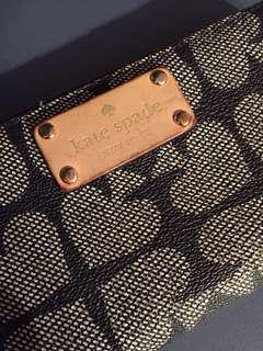 Kate spade navy blue wallet. Good condition