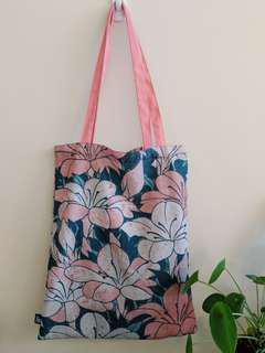 Hokusai Tote Bag