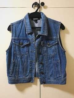 🦋 Forever 21 Premium Denim Vest Jacket 🦋