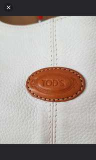 TOD'S GENUINE LEATHER BAG