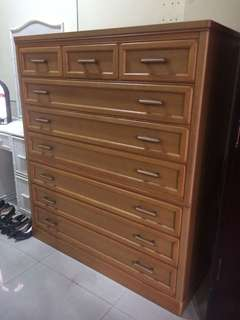 Wooden solid drawer cabinet