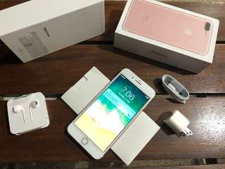 Iphone 7 plus 32gb rosegold complete