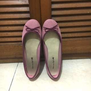 American Eagle Pink Flatshoes
