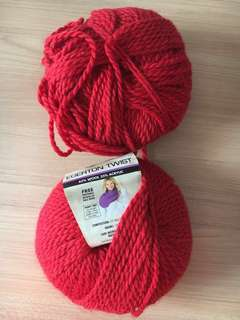 Acrylic Knitting Yarn in Red