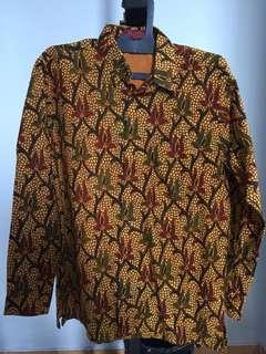 Batik Pria Lengan Panjang