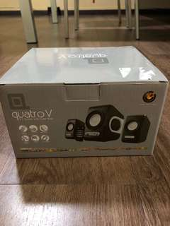 Quatro V 2.1 System with super Bass