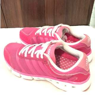 Adidas Running Shoes Hotpink Climacool Size 7US WOMEN pre-loved Authentic