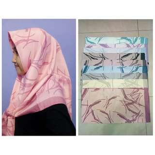 Kerudung jilbab hijab signarica premium sracf segiempat