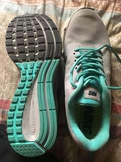 Nike Pegasus 31 (Running Shoes)