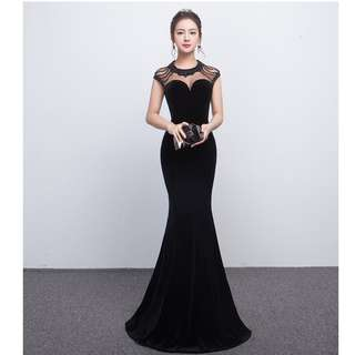 Gown Collection - Mystery Black Sexy Shoulder Design Mermaid Style Gown