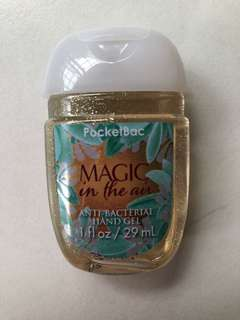 🚚 Bath And Body Works Hand Sanitizer - Magic in the Air