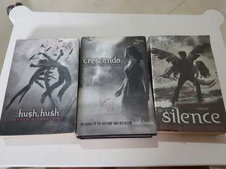 Hush hush, crescendo, silence book series