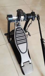 Bass pedal extention by century