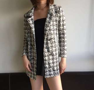 Black and white knit blazer / light coat