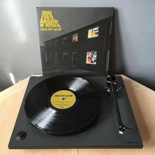 Arctic Monkeys Favourite Worst Nightmare Album