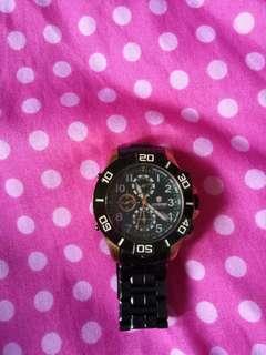Jam tangan kualitas ok