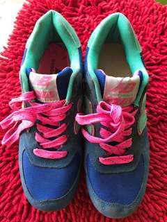 Sepatu NB (new balance)