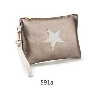 Women Star Pouch Bag Trendy Kpop Style Wrist Hand Bag Ladies Fashion Clutch Bag [Silver/Gold/Pink/Black/Dark Pink/Grey]