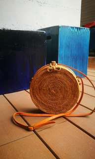 🚚 Handmade Round Rattan Shoulder Bag