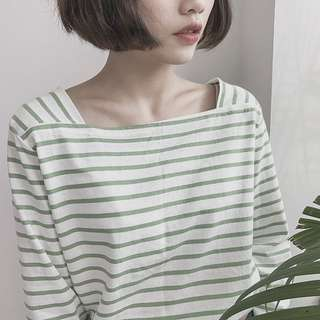 🚚 Pazzo 淺綠方領 七分袖