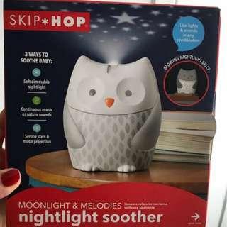 🚚 Skip Hop Moonlight & Melodies Nightlight Soother Owl