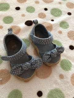 Baby Shoes H&M size 18-19