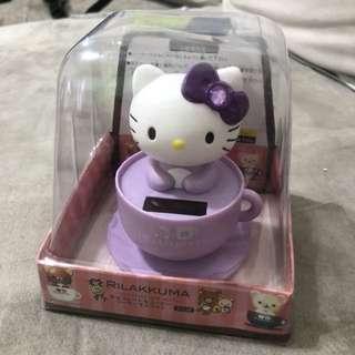 🚚 Hello Kitty 太陽能 搖頭公仔