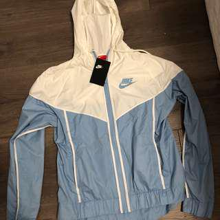 BLUE/WHITE NIKE WINDBREAKER