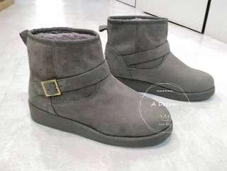 🚚 皮帶造型雪靴 原價$1880 📣📣零碼出清價$1100