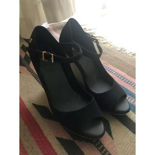Melissa Black High Heels