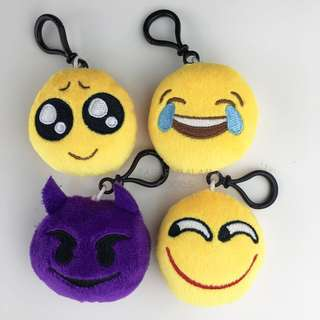 Emoji Plush With Hook Keychain Bag Ornament Decor Whatsapp Icon Teary Eyes Devil Lol Laugh Grin Mini Plush Emoticon Pillow
