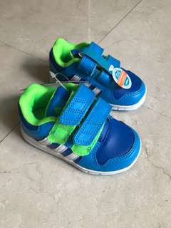 Adidas toddler boys shoes blue and green Velcro