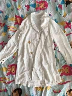 White flowy blazer