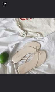 🚚 夾腳拖鞋