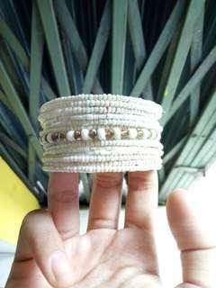 White knick knacks bracelet