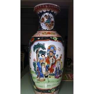 FS: Lovely Chinese Vase