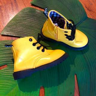 Brand new fake Dr Martens Yellow boots