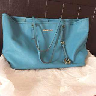 Authentic Michael Kors tote bag 💼