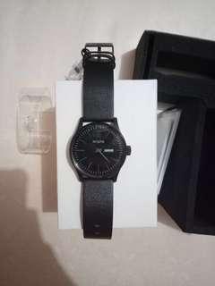 NIXON Sentry Leather All Black 42mm