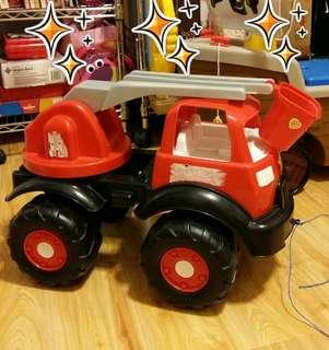 9成新 超大玩具車 消防車 塑料結實耐玩 小朋友的 雲梯可伸縮 大轆