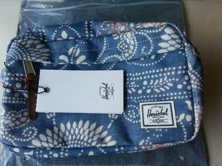 Herschel Travel Kit