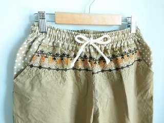 🚚 卡其色 綁帶 點點 刺繡 圖騰 長褲 九分褲 甜美 可愛 日系 森林系#女裝半價拉