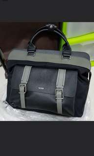 Unisex leather bag