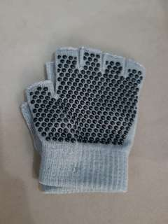 Yoga gloves (gray, new pair)