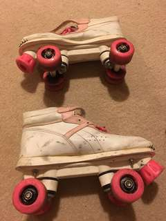 Retro rollerblades 4 wheels