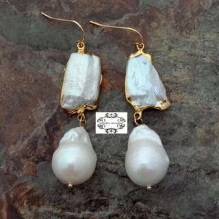 Lustrous Genuine Biwa Pearl Keshi Pearl Gold Dangle Earrings 光亮真琵琶珍珠真Keshi珍珠垂吊耳環