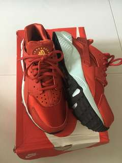 Nike Air Huarache Run 波鞋